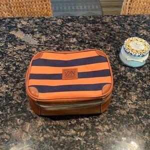 Barrington Auburn cosmetic kit